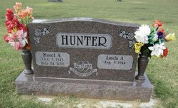 Linda A. <i>Gant</i> Hunter