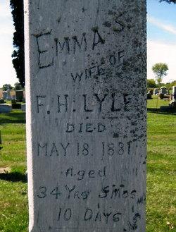Emma S. <i>Carper_Karper</i> Lyle