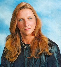 Danette Lee Dee <i>Zitterich</i> Churm