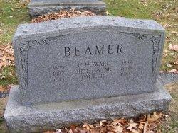 Bertha M Beamer