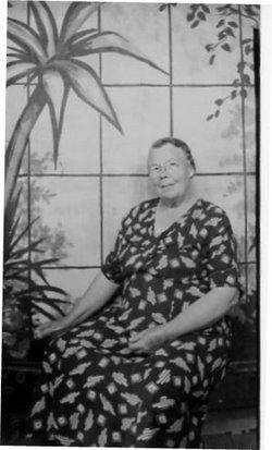 Mrs Pearl W. <i>Campbell</i> Leard