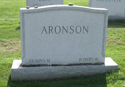 Gladys <i>Mehlman</i> Aronson