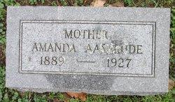 Amanda <i>Becker</i> Aaserude