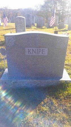 Normon M Knipe