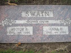 Anna Faye <i>Secrest</i> Swain