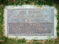 Lu E <i>Skelton</i> White