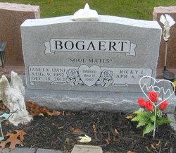 Janet Kay Jan <i>Mass</i> Bogaert