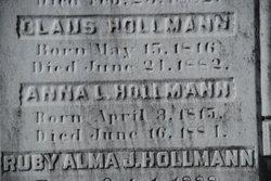 Widow Anna L Hollmann