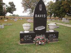 Edna Ruth <i>Selby</i> Davis