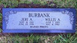 Jeri Ann <i>Hollingshead</i> Burbank