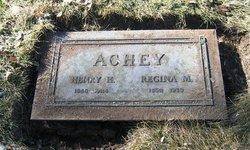 Regina M Achey