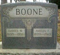 Amelia Fernanders <i>Williams</i> Boone