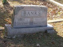 Sula <i>Lott</i> Banks