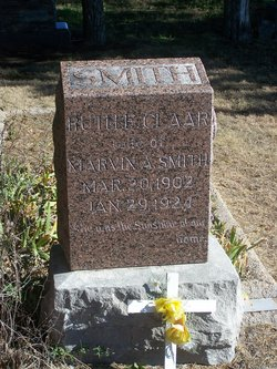 Ruth E <i>Claar</i> Smith