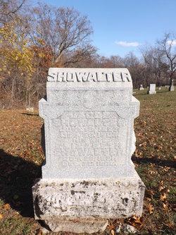 Elizabeth <i>Bull</i> Showalter