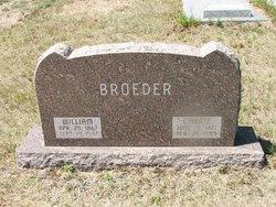 Carrie Broeder