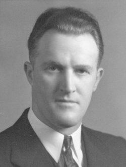 Leonard F Len Whitaker