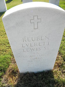 Reuben Everett Lewis, Sr