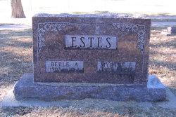 Myrtle Evelyn <i>Fincham</i> Estes