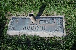 Agnes G Aucoin