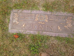 Mossie Lee <i>New</i> Jones