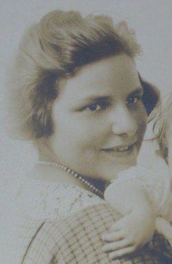 Dorothea Margaret <i>Kienzle</i> Brooks
