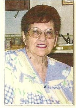 Maggie Mayo Robles Martinez