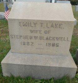 Emily Thomas <i>Lake</i> Blackwell