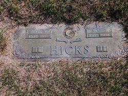 Isabel Elizabeth <i>Selsor</i> Hicks