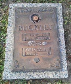 Oriana E Buckley