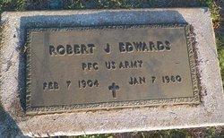 Robert J Edwards