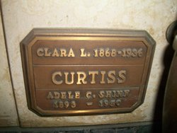 Clara L Curtiss