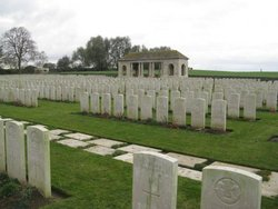 Guards' Cemetery, Lesboeufs