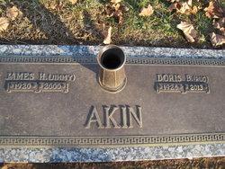 Doris Pug <i>Batson</i> Akin