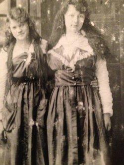 Gertrude Emma <i>Ellis</i> Lee