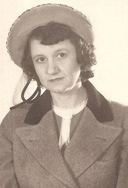 Helen Vessie <i>Parlier</i> Couve