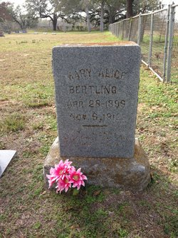 Mary Alice Sis Bertling