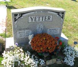 Betty L. <i>Hackett</i> Yetter