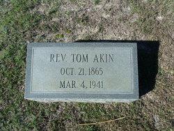 Rev Tom Akin
