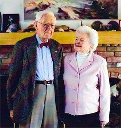 Dr Elizabeth Gertrude Betty <i>Hooper</i> Gleason