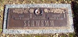 Rose <i>Cichocki</i> Schwemm