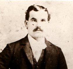 Louis Snyder