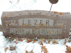 Vera L <i>Wagner</i> Lezer