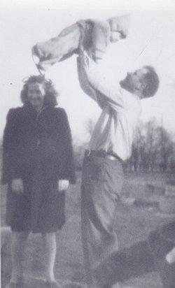 Eugene Gene Rhodes