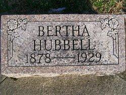 Bertha <i>Dyer</i> Hubbell