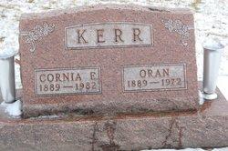 Cornia E Kerr