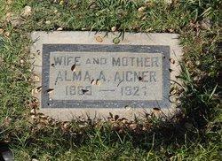 Alma Athanaise <i>knoch</i> Aigner