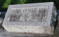 Emma Lee <i>Oliver</i> Lee