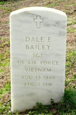Dale E Bailey