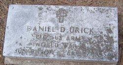 Daniel D Urick